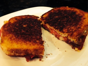 bacon tomato grilled cheese finished